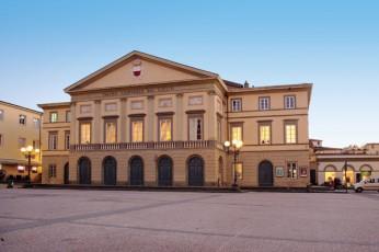 Teatro del Giglio, Lucca