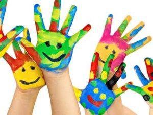 mani colorate